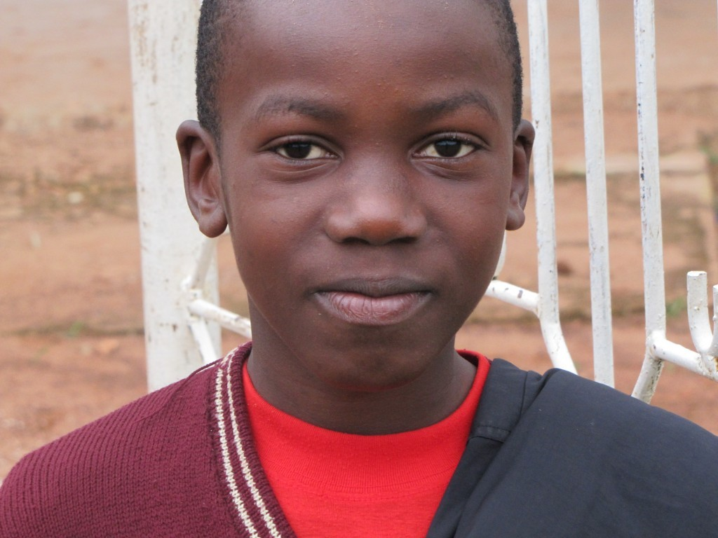 Schulkind bei den Bonanzas in Bukoba